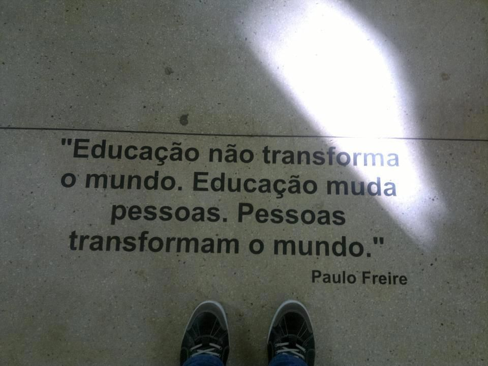 Educação não transforma…