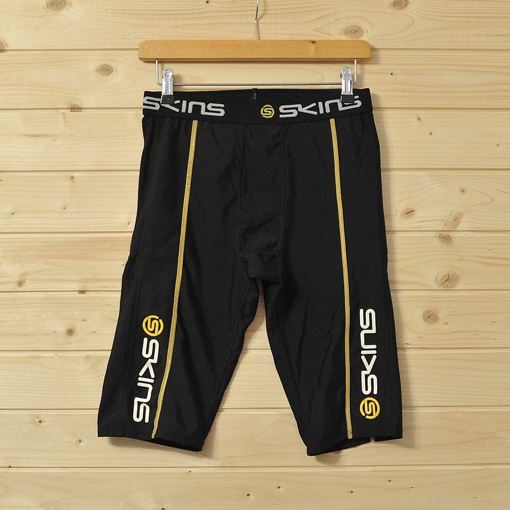 d8fa25b56e435b Чоловічі компресійні шорти SKINS XL Склад: 76% Nylon 24% Spandex Стан: 9