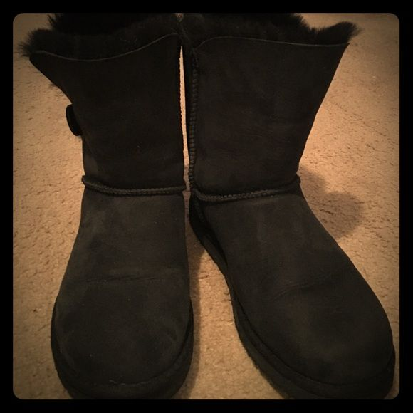 Uggs Only worn twice a little to short for me.!! Yes there Authentic .!! New Condition...! UGG Shoes Winter & Rain Boots