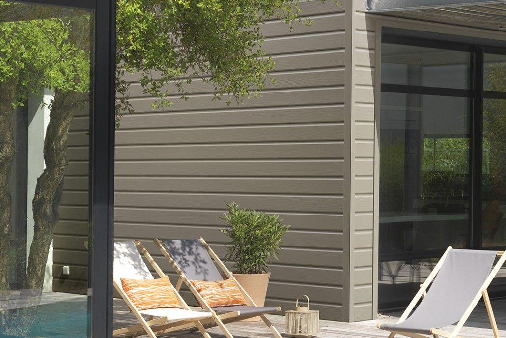 Relooking des facades avec un Bardage en Pin Teinté - Hylor l - maison classe energie d