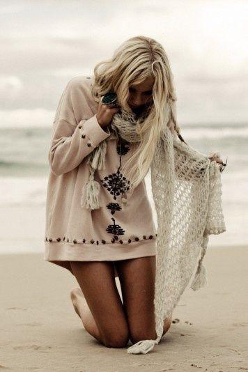 comment porter mettre une grosse charpe en laine charpes foulards. Black Bedroom Furniture Sets. Home Design Ideas