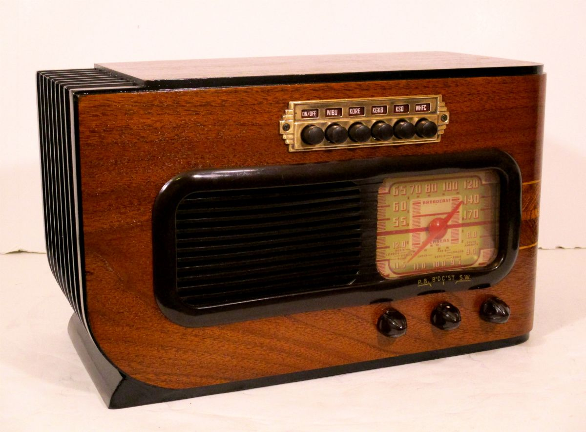 1941 Philco Tube Radio For Sale Antique Radio Retro Radios Old Radios