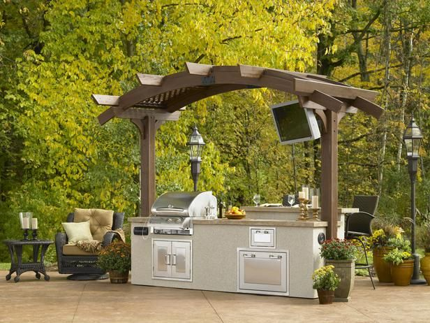 Optimizing An Outdoor Kitchen Layout Outdoor Kitchen Island Pergola Patio Outdoor Bbq