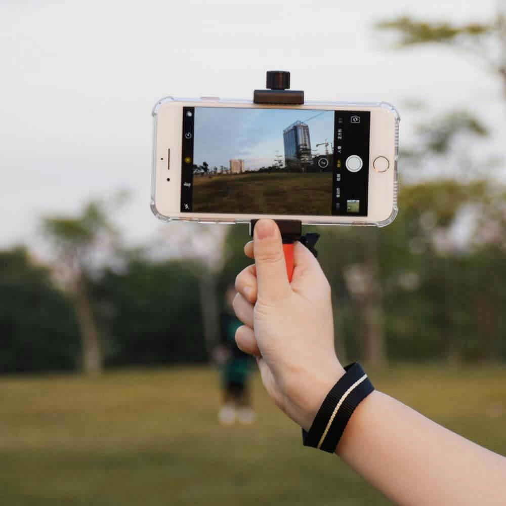 Smart Grip Is A Professional Smartphone Rig Tripod Mount