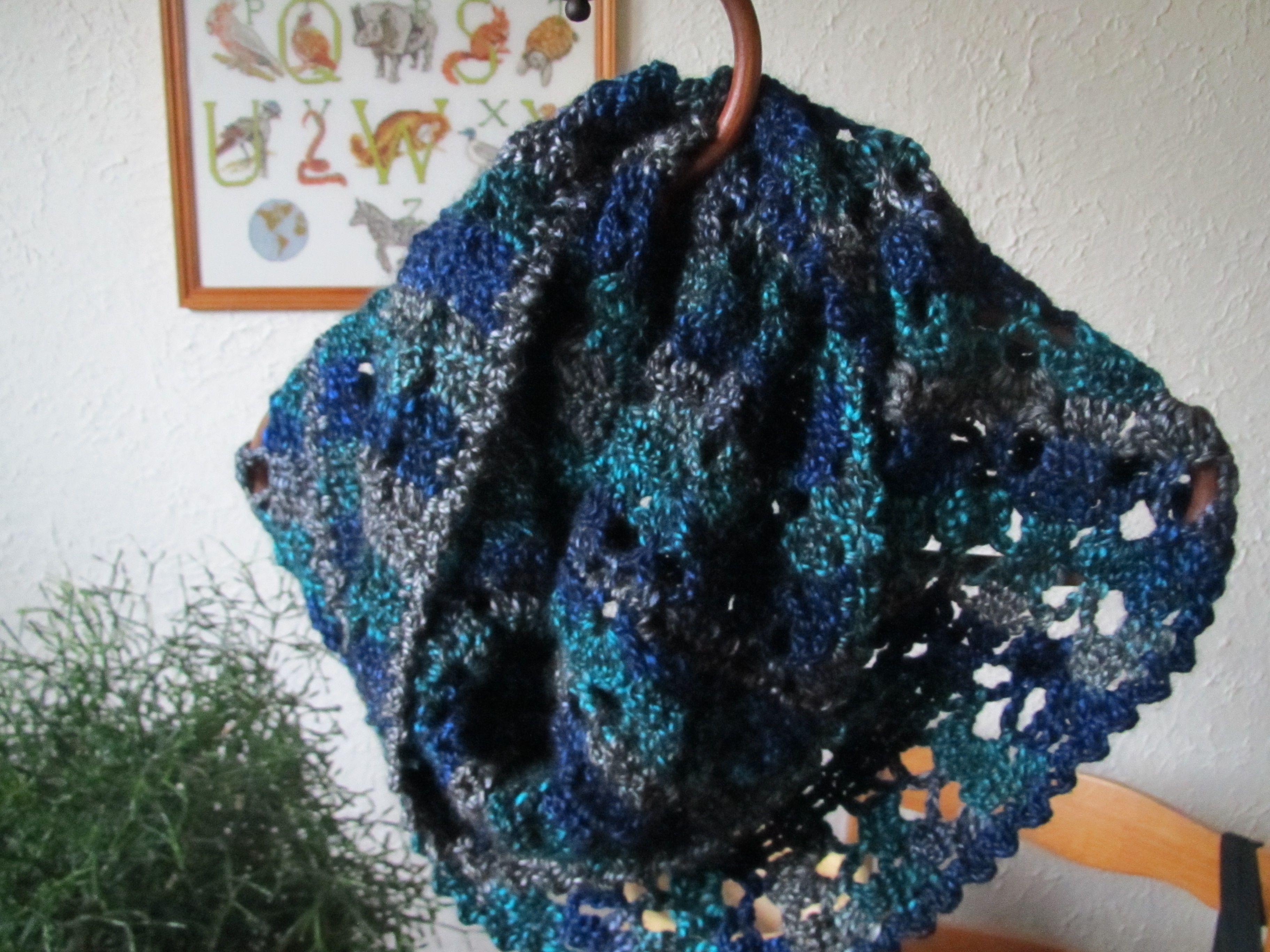 Haaknaald Met Licht : Colsjaal gehaakt met de blauw groen grijze lina wol van de wibra