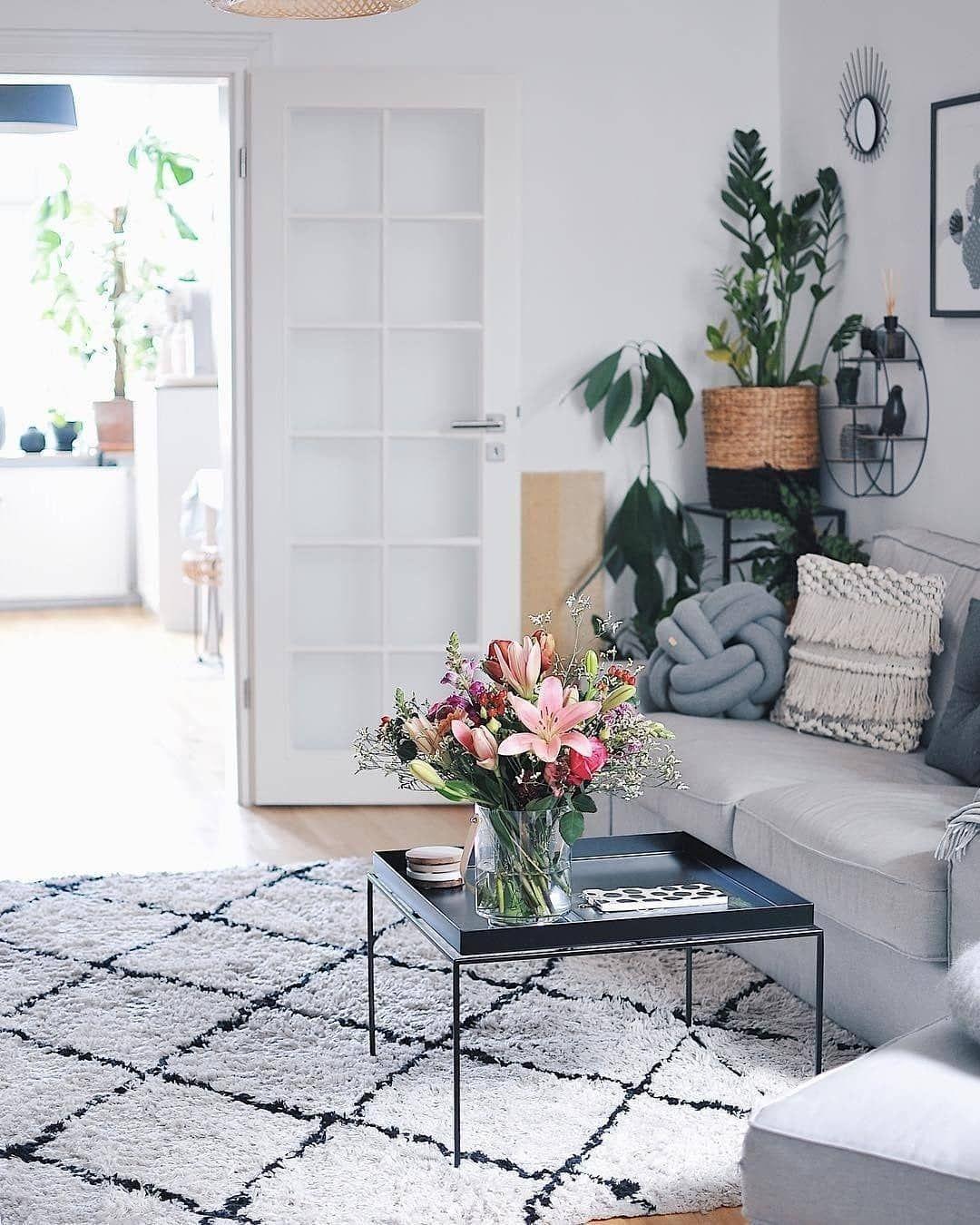 Un tappeto che rende l'ambiente luminoso 💐 🛍 Acquistate