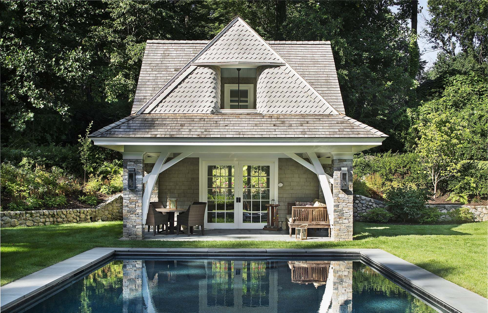 Beautiful Pool House Design With Living Space Stone Veneer With Cedar Shake Pool House Designs Pool Houses Shingle Style Homes