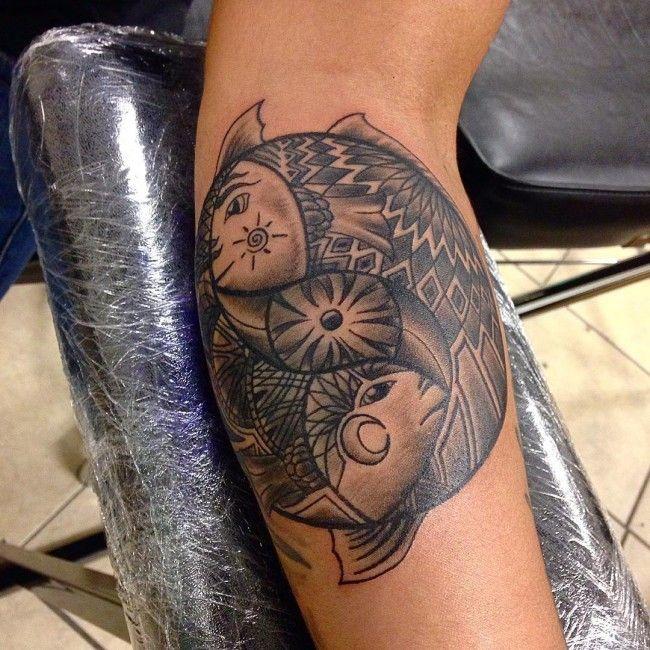 motif de tatouage poisson sur l 39 avant bras tatouage signe du zodiaque poisson pinterest. Black Bedroom Furniture Sets. Home Design Ideas