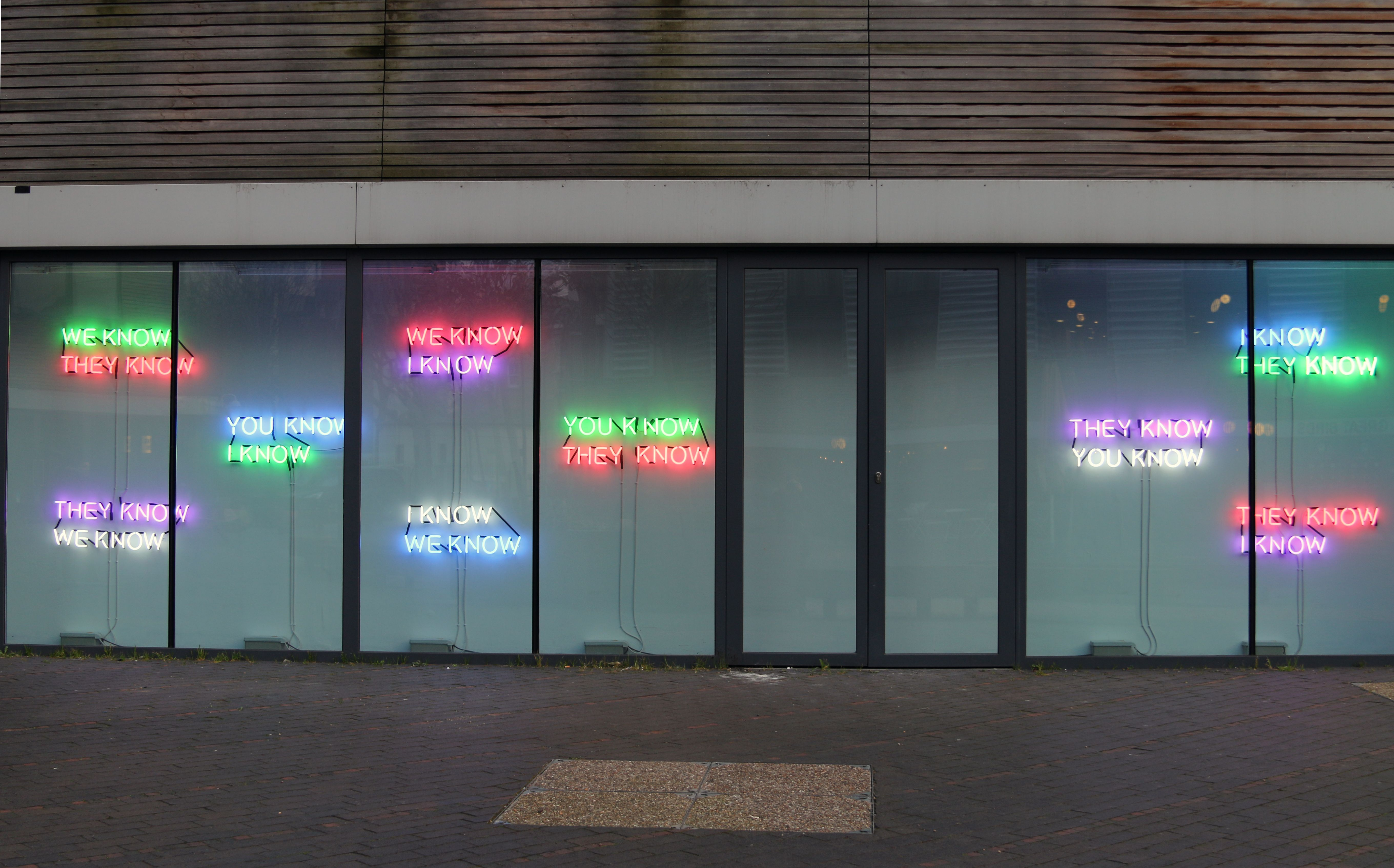 Tim Etchells: The Facts on the Ground, VITRINE