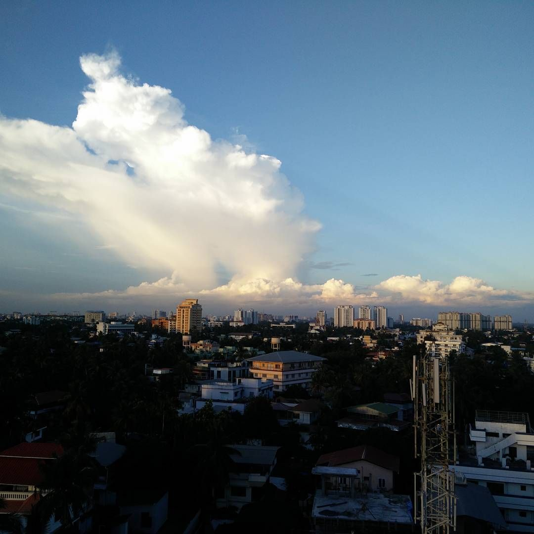 """This beauty #Clouds #NoFilter #6pm #View #Pituresque"""