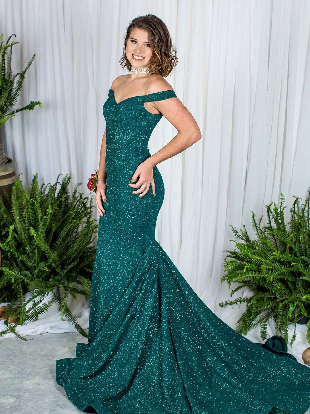 Off the shoulder mermaid prom dresses dart green sexy formal dresses