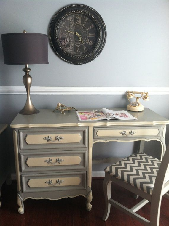 Sold Beautiful French Provincial Desk Vanity By Saundersdesign Pretty Furniture Furniture Rehab Furniture