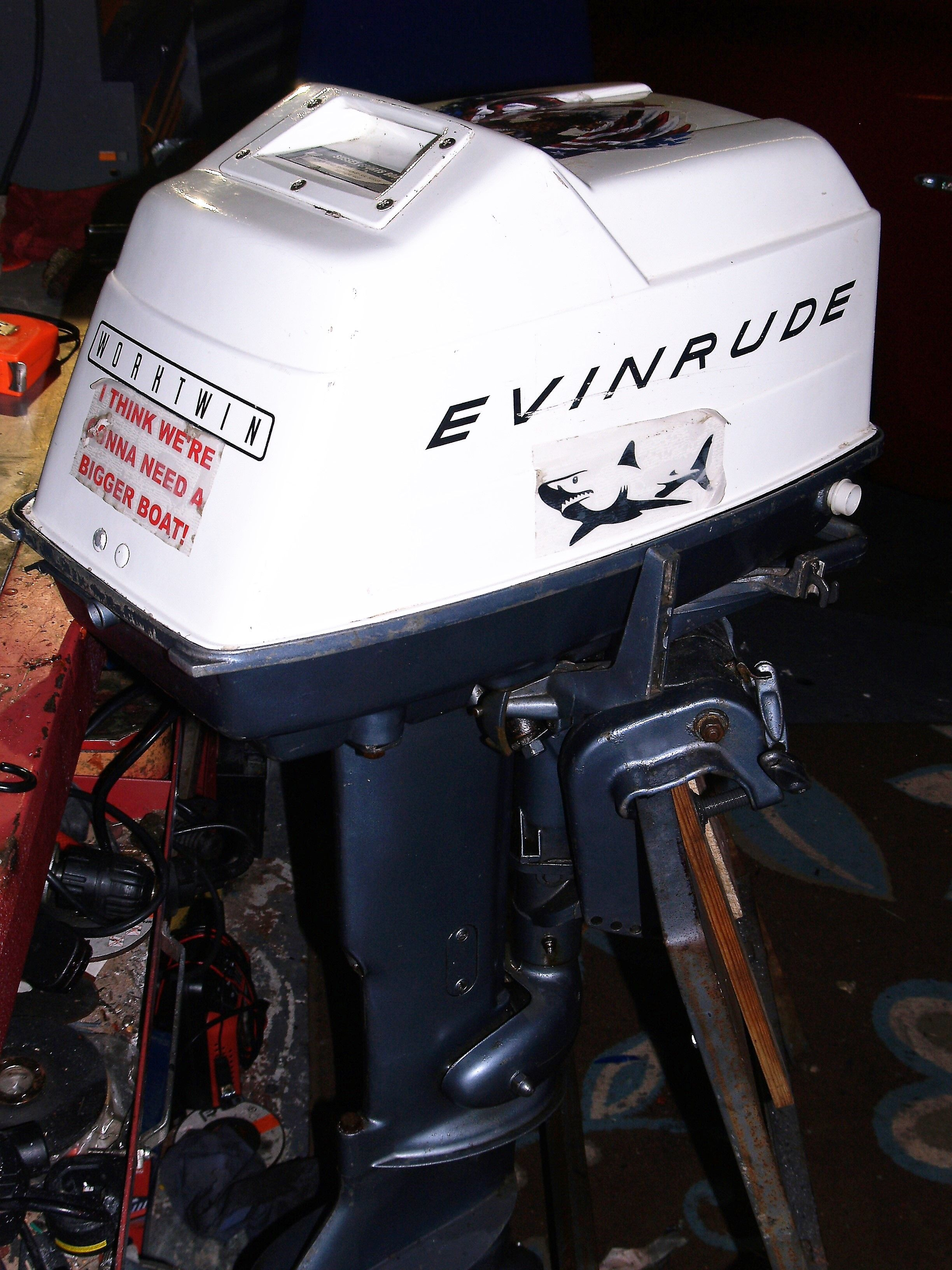 its a 15503c 15hp evinrude worktwin year i don t really know anyone know  [ 2448 x 3264 Pixel ]