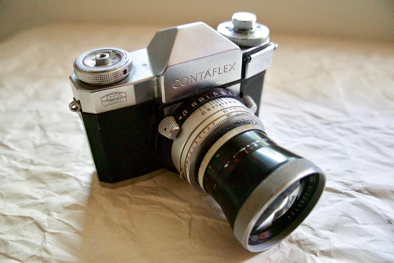 Zeiss Ikon Contaflex III Single Lens Reflex 35mm Film Camera
