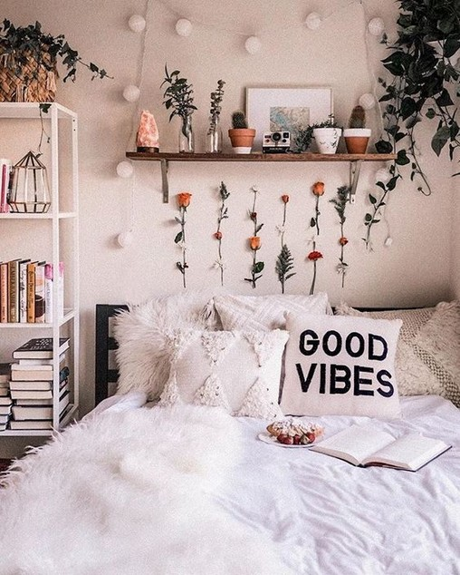 77 Gorgeous Dorm Rooms Decor That Will Inspire Some Big Ideas 63 Producttall Com Dorm Room Inspiration Cute Dorm Rooms Dorm Room Decor
