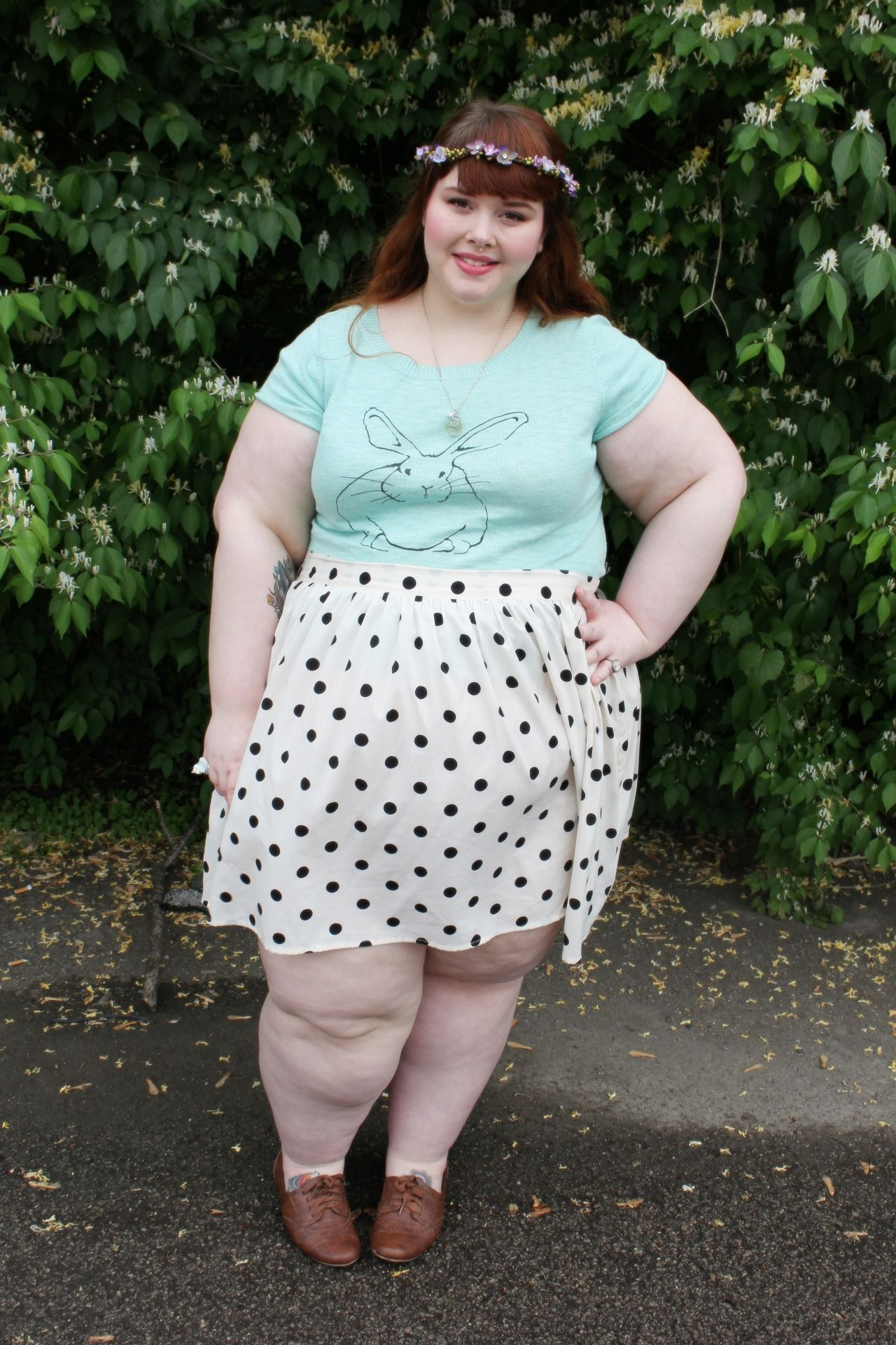 chubby teen in skirt