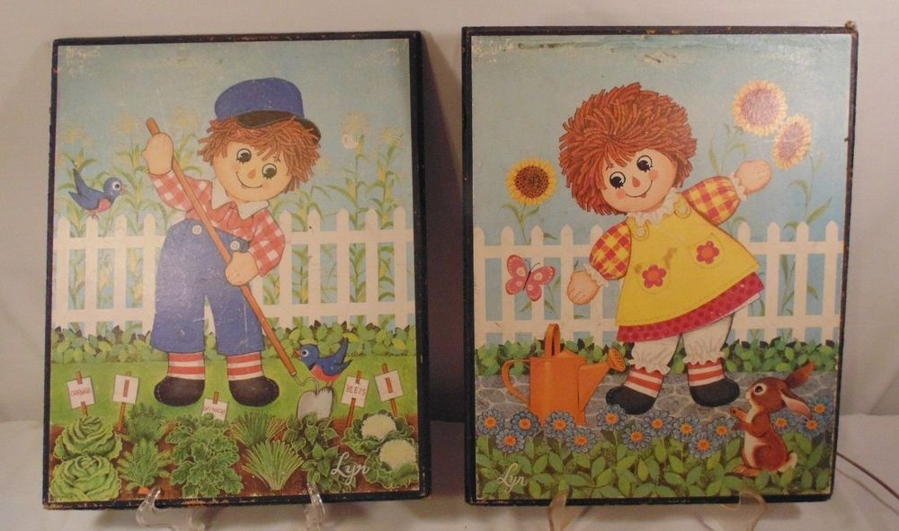 Vtg Raggedy Ann and Andy Picture Plaques Wall Decor Stapco Litho 12 by 15 inches