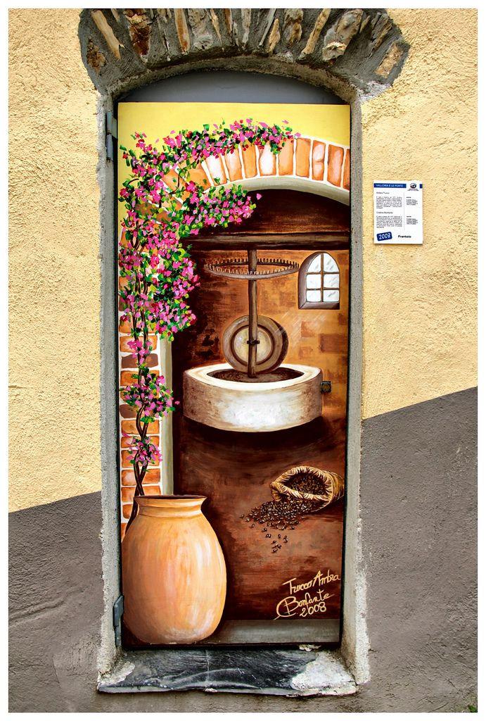Pressoir à olives Portes peintes, Le village et Pressoir - Peinture Porte Et Fenetre