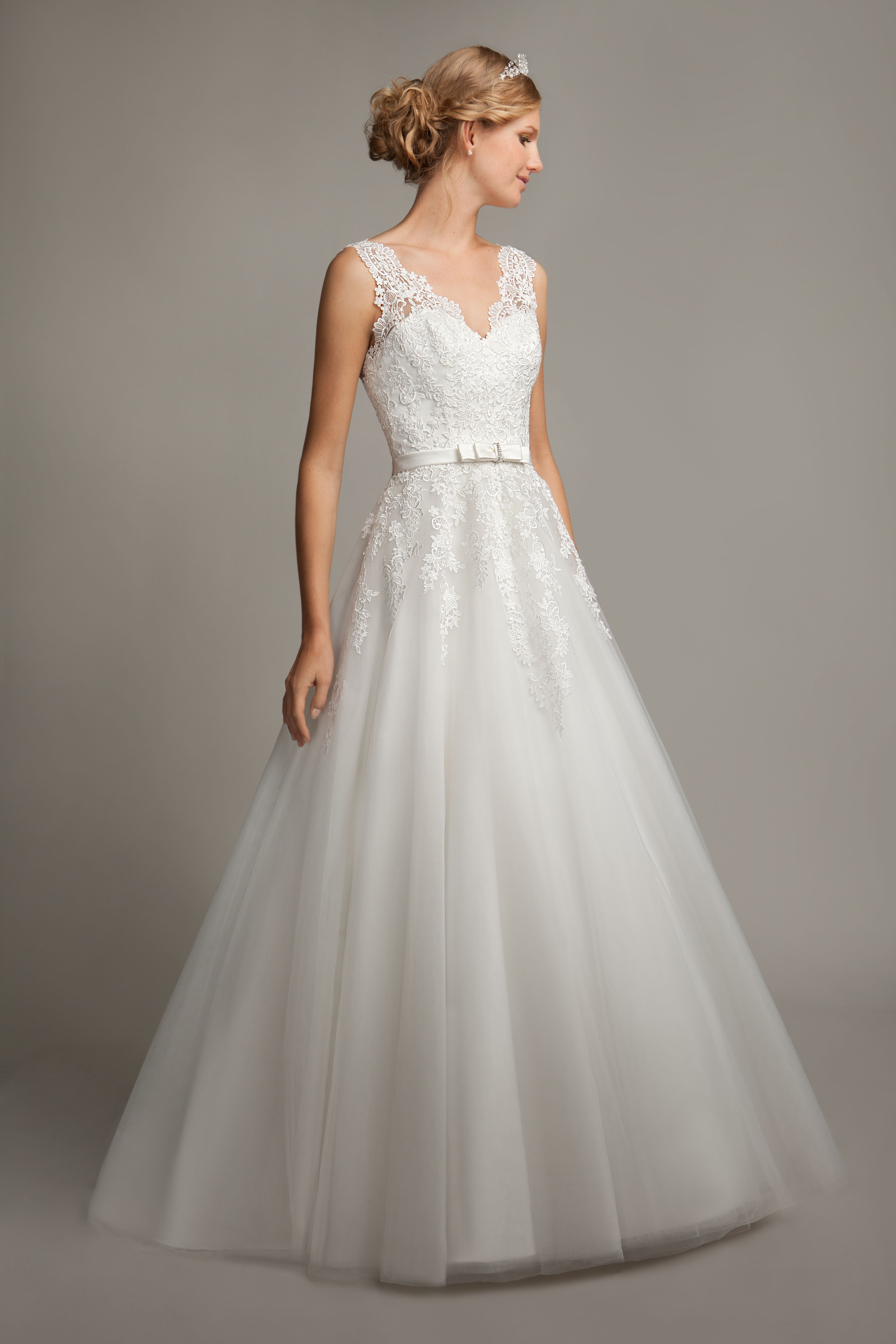 Dorable Wedding Dresses Newcastle Frieze - Wedding Plan Ideas ...