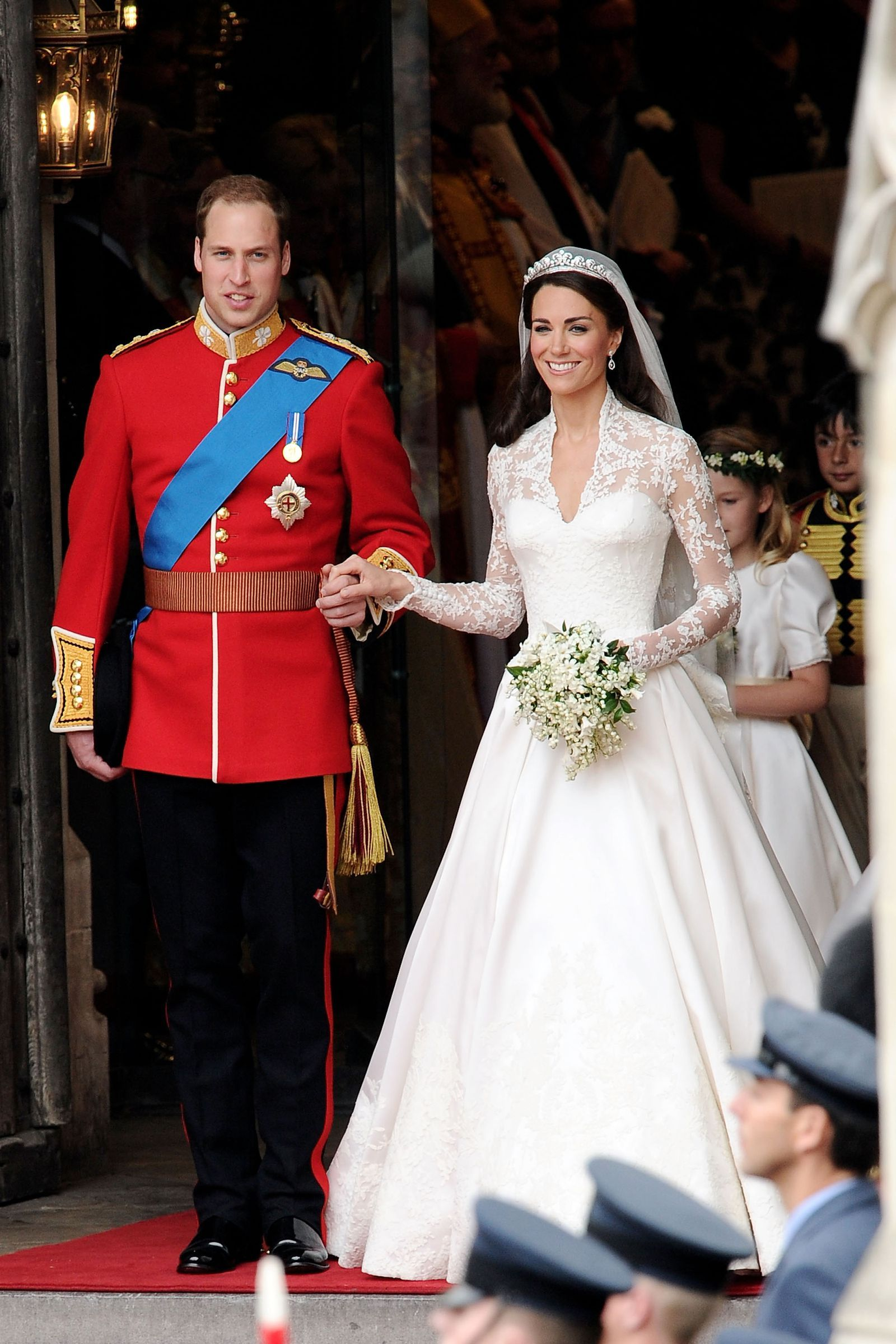 Meghan Markle Doesn\'t Want to Upstage Kate Middleton\'s Wedding Dress ...