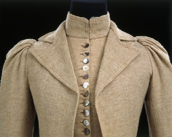 SuitDesigner unknown1890-3GermanyTweed, lined with silk twill