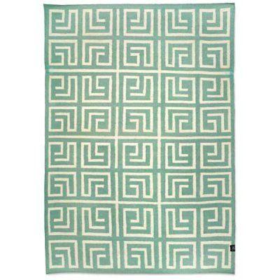 grön matta ull labyrinth