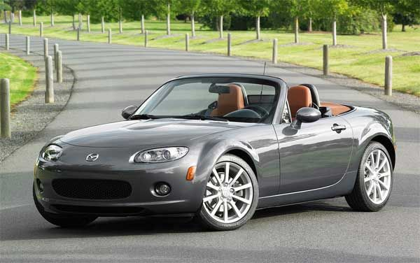 Mazda Mx 5 The New Mazda Mx 5 Is A Basic Roadster That Is