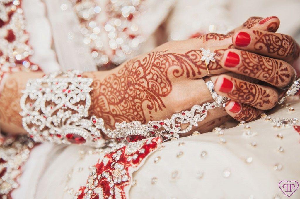 Mehndi Henna Wedding : Wedding manicures and henna designs manicure