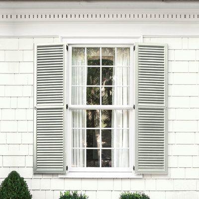 Siding Simply White Oc 117 Benjaminmoore Com Shutte House Paint Color Combination Exterior Paint Colors For House Exterior House Paint Color Combinations