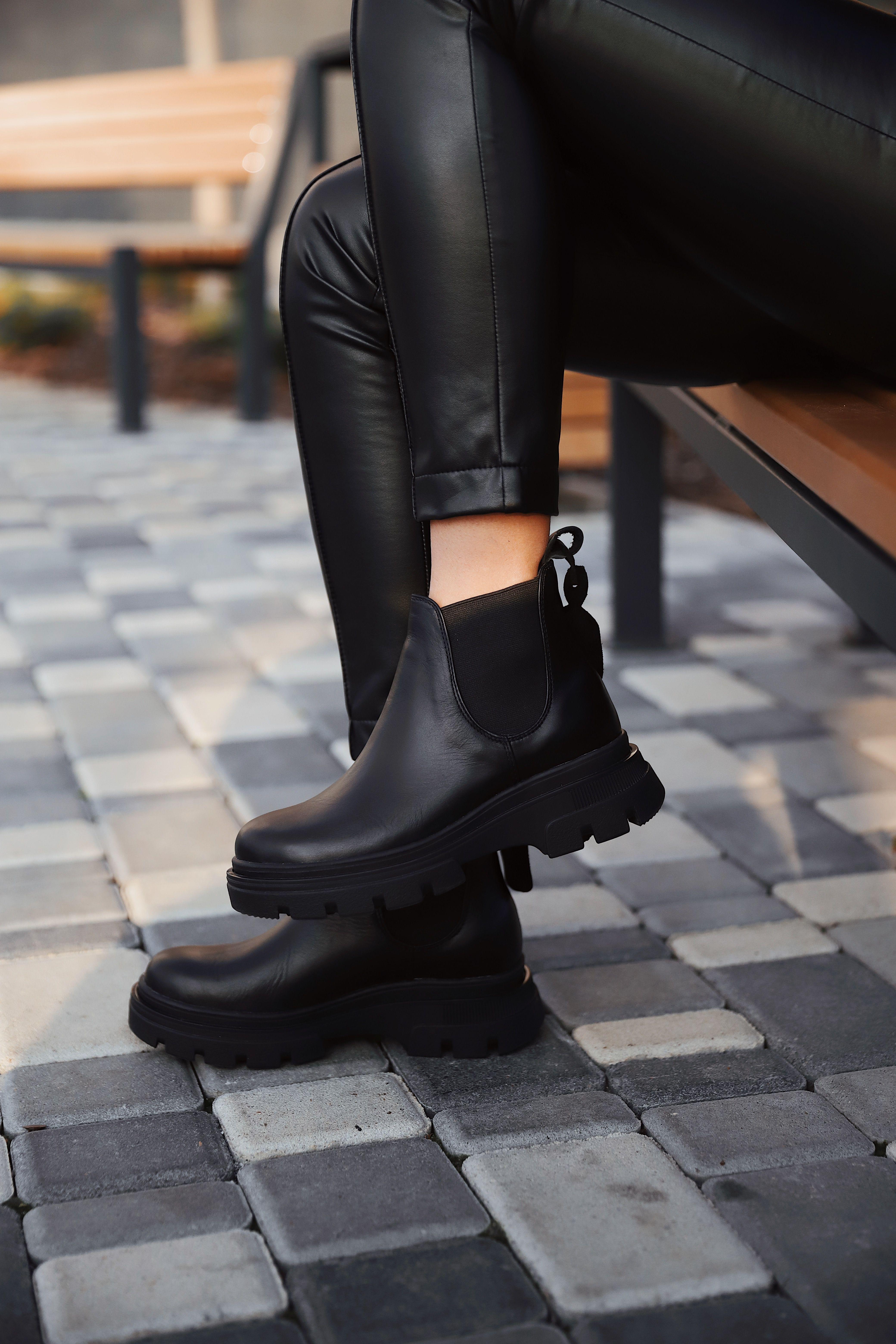 Grubye Chernye Botinki Chelsi One By One Rough Black Chelsea Boots Chernye Botinki Botinki Chelsi Botinki Zhenskie
