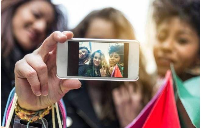 Olhar Digital on Social media company, Social media