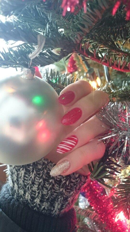 My Almond Shaped Christmas Nails Nails Pinterest Christmas