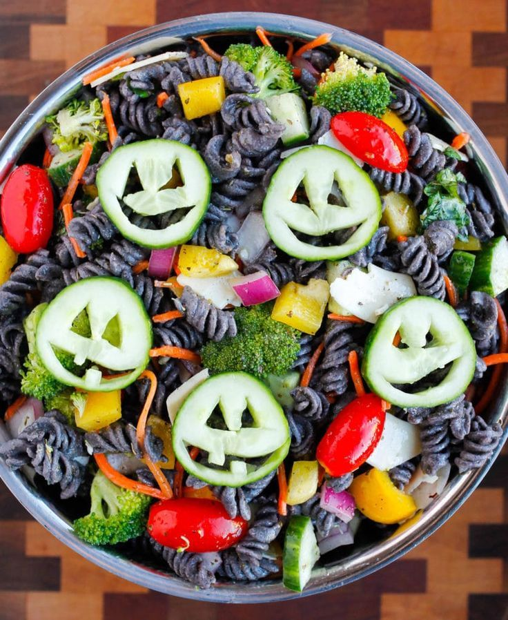 Healthy Halloween Pasta Salad - Smile Sandwich