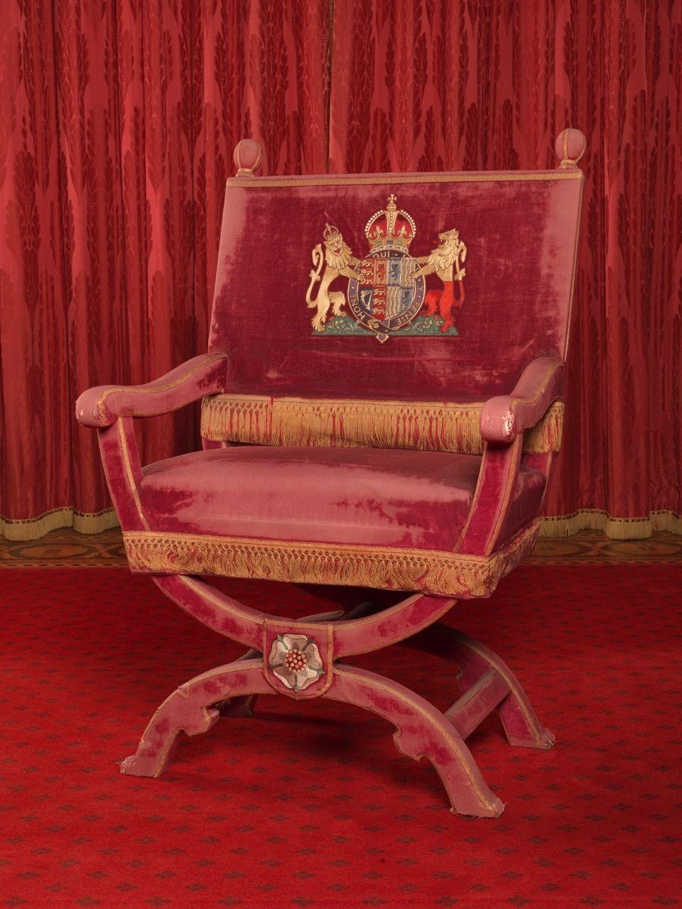 Bon Chair Of Queen Elizabeth, Consort Of King George VI