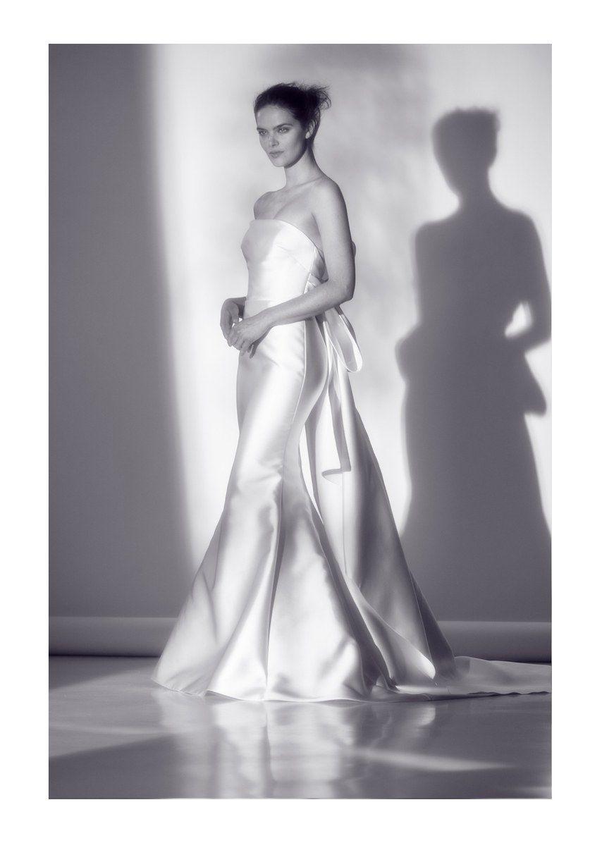 Faille Mermaid Petite Wedding Dress With Bow Back David S Bridal Bow Wedding Dress Petite Wedding Dress Fit And Flare Wedding Dress