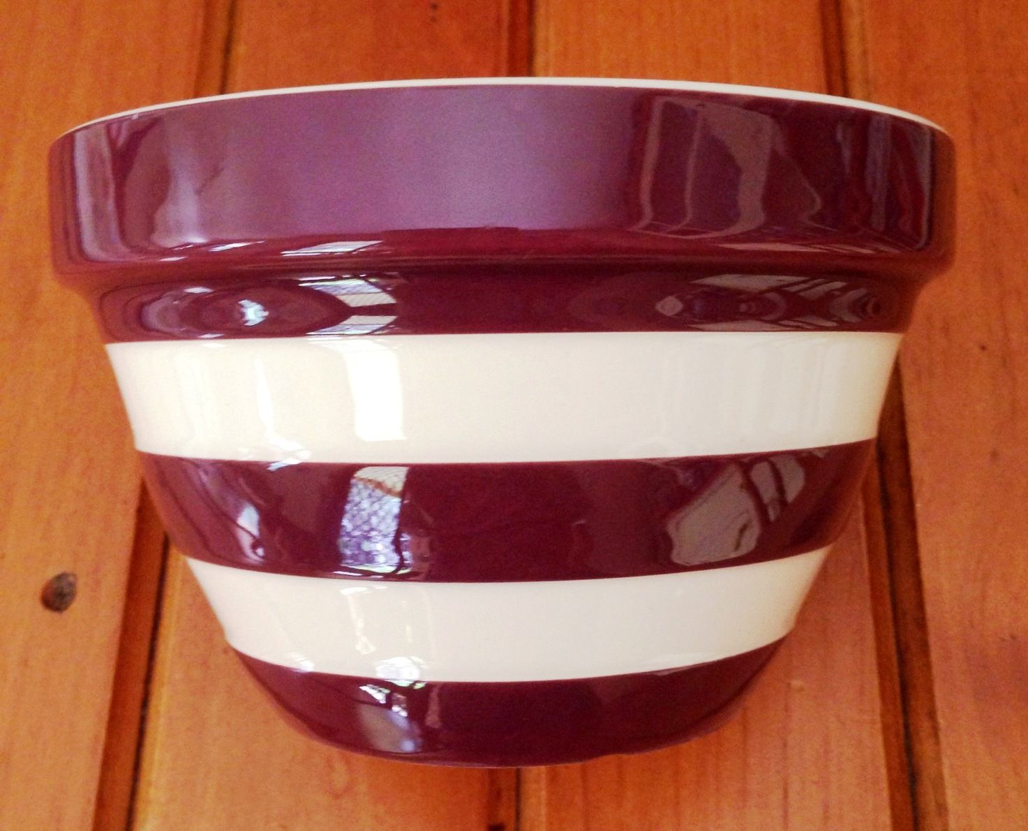 Special Edition Employee Only Christmas Pudding Bowl 2004.   Christmas pudding, Pudding, Cornishware