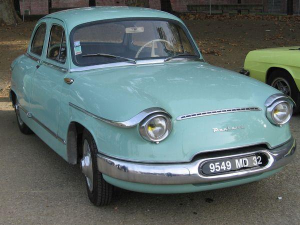 panhard pl17 recherche google panhard pinterest voitures voitures anciennes et ancien. Black Bedroom Furniture Sets. Home Design Ideas