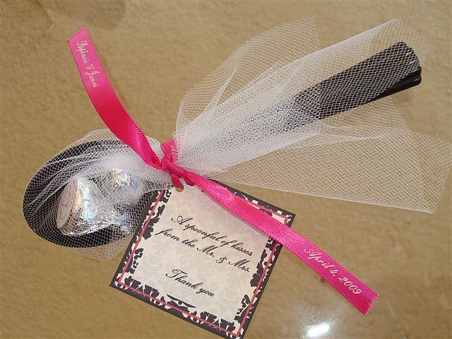 Wedding Spoon of Kisses with Custom Favor Tag