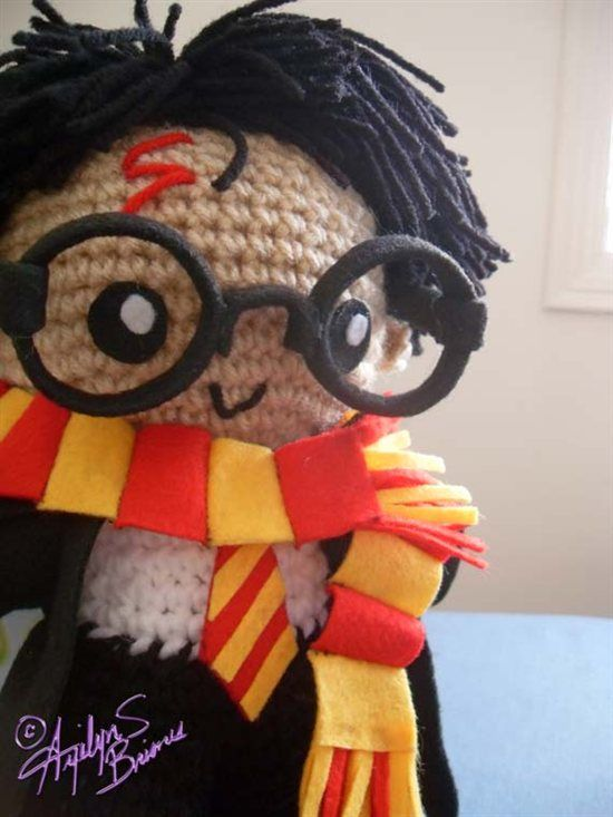 Early april eye candy happiness can be found in the darkest of harry potter amigurumi hey izzy edson think you could make this fandeluxe Images