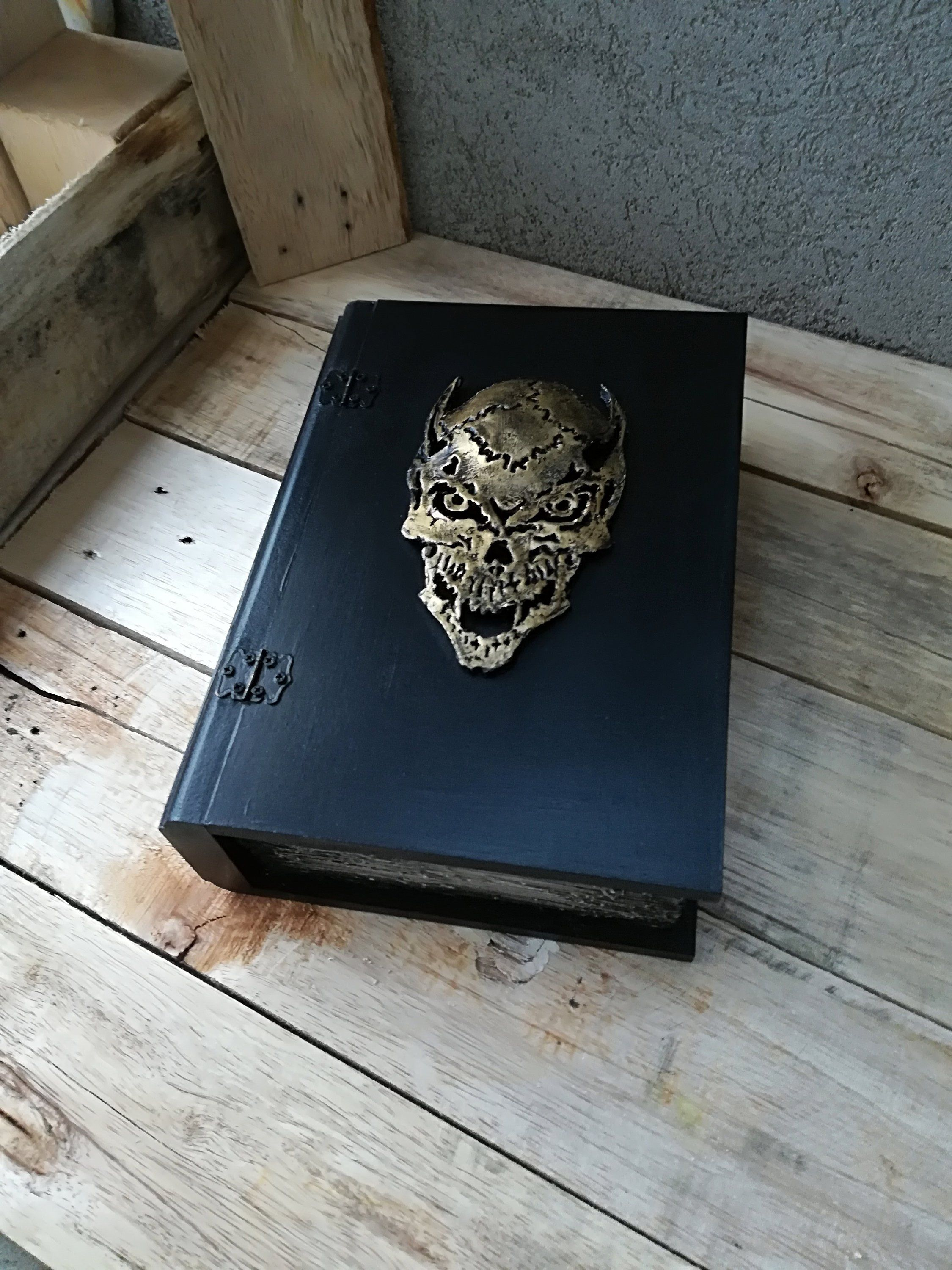 Book of shadows, Occult, Book of spells, Witchcraft Box