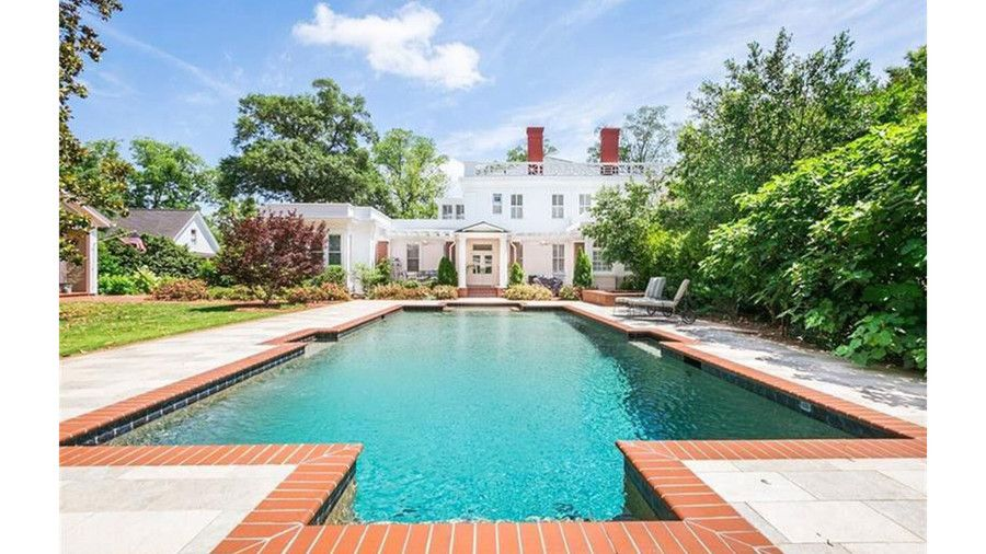 Southern Paradise Tara Is That You You Ll Find The Stately Joshua Hill House At 485 Old Post Road In Madi House On A Hill Old Houses For Sale Greek Revival