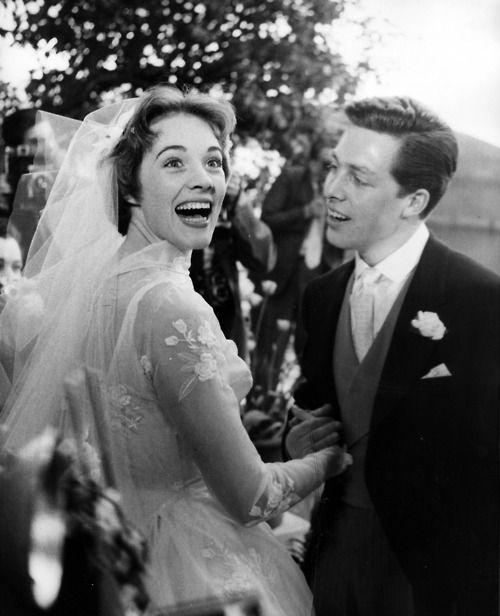 Julie Andrews 1959 - Spouse  Tony Walton (m. 1959–1967) (divorced)