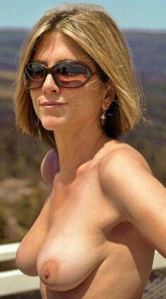 Jennifer Aniston Nude Ass