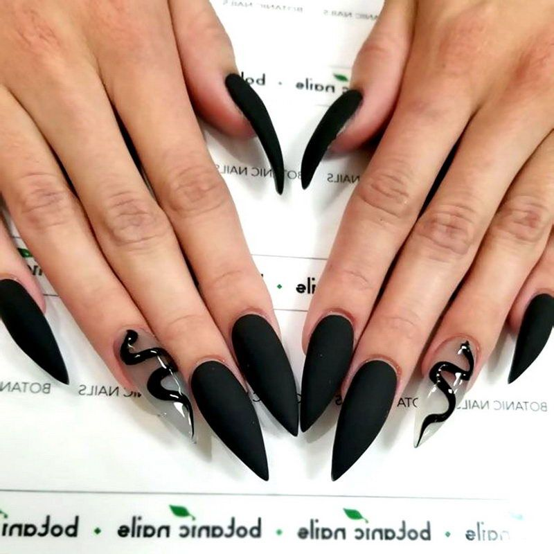 Top 70 Black Nail Designs in Different Shapes and Styles