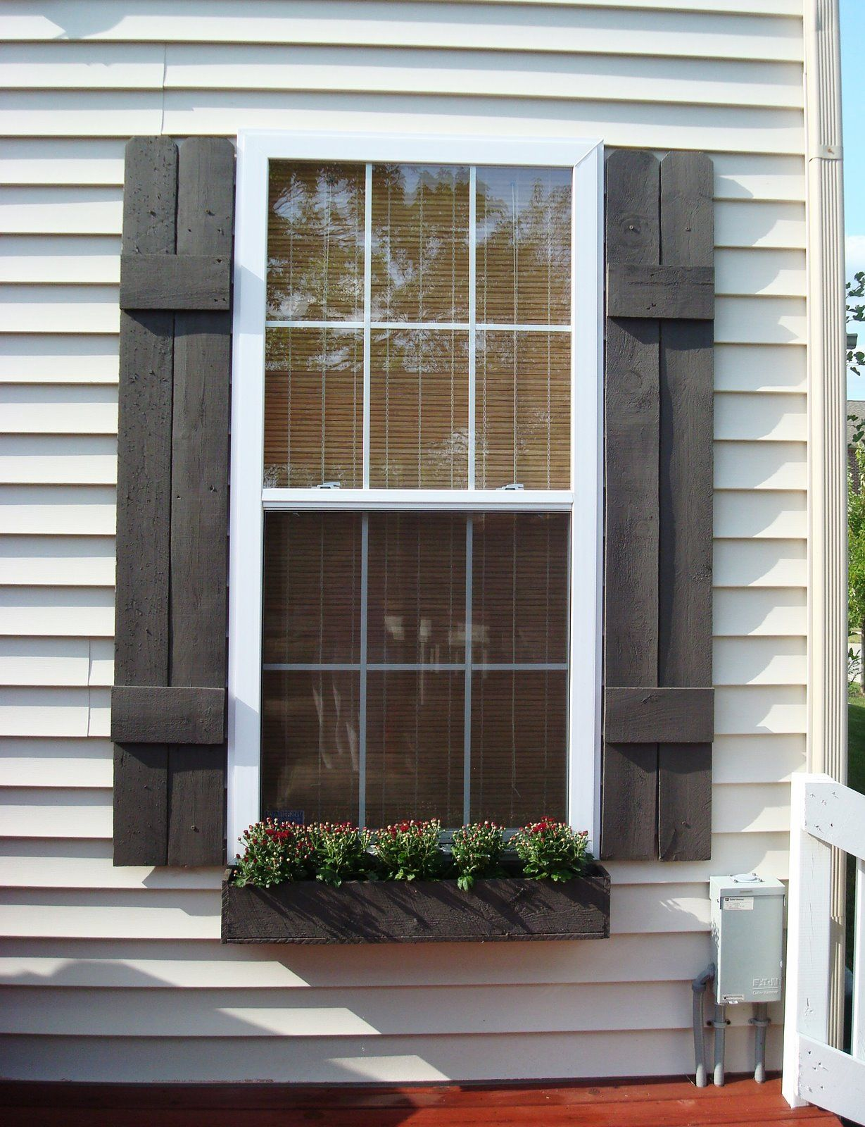 25 inspiring outdoor window treatments exterior shutters for Exterior window shade