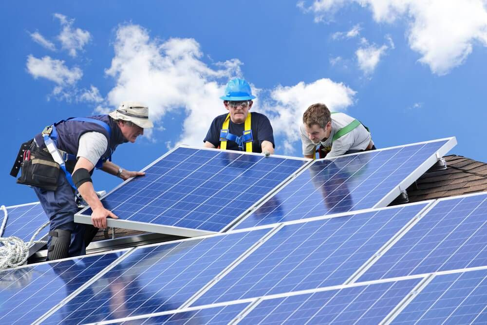 Transportation Industry Goes Green Energy Solar Panel Cost Solar Power Panels Solar Installation