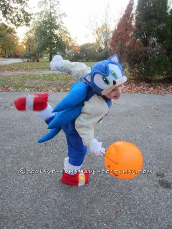 Cutest Sonic And Tails Homemade Costume Homemade Costume Sonic The Hedgehog Costume Sonic Costume