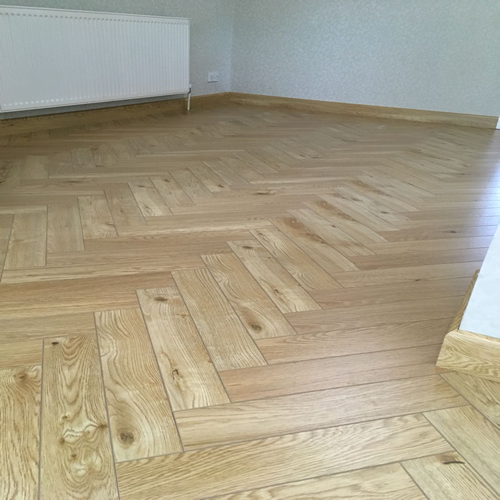 Underground Finsbury Park Natural Oak Herringbone Ac4 V Groove Laminate Flooring 12mm Flooring Laminate Flooring Oak Laminate