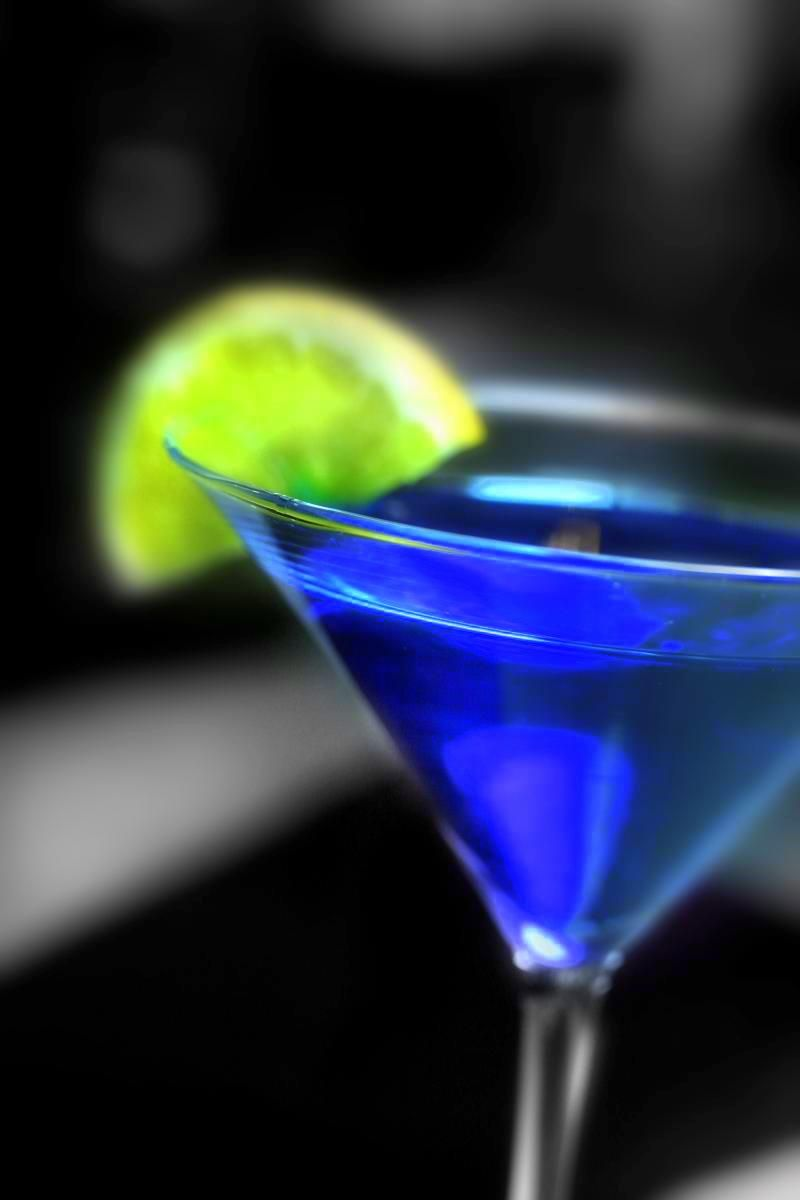 seahawks colored drink electric blue martini seahawks. Black Bedroom Furniture Sets. Home Design Ideas
