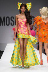 moschino-2015-spring-summer-runway050